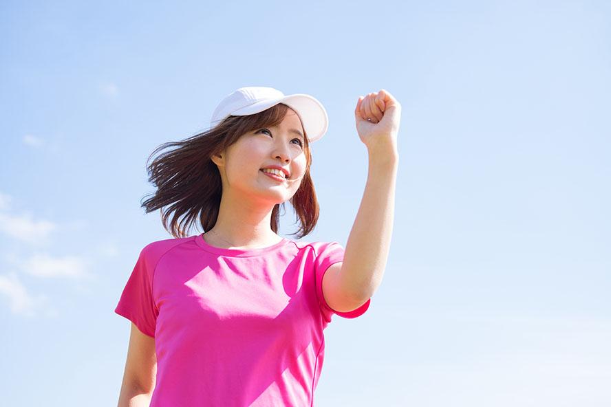 マラソンする女性