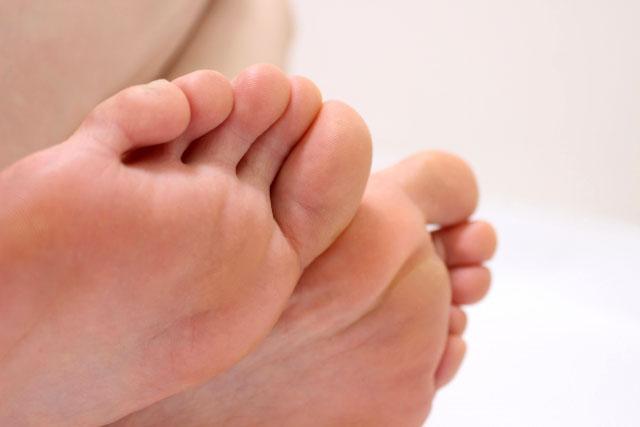 足の指グーパーグーパー